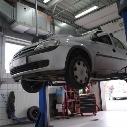 Wykonujemy nie tylko przeglądy rejestracyjne. Geometria podwozia samochodu jest również w naszej ofercie. Zapraszamy kierowców z Wrocławia i okolic