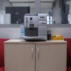 Bezpłatny poczęstunek kawą lub herbata